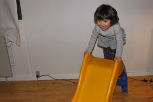 Datteren var fuld af energi og boblende glæde.